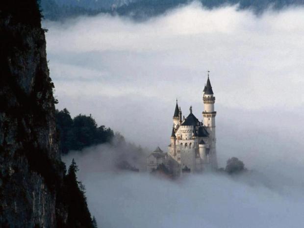 Amazing shot of Neuschwanstein Castle, Germany